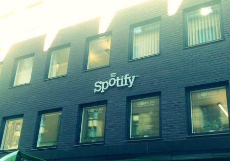 Artistas demandan a Spotify por 150 millones de dólares
