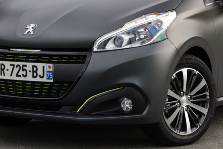 Peugeot 208 Toma Contacto 4