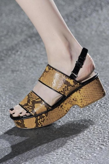 Clonados y pillados: los ugly shoes de Dries van Noten, ¡clonados!