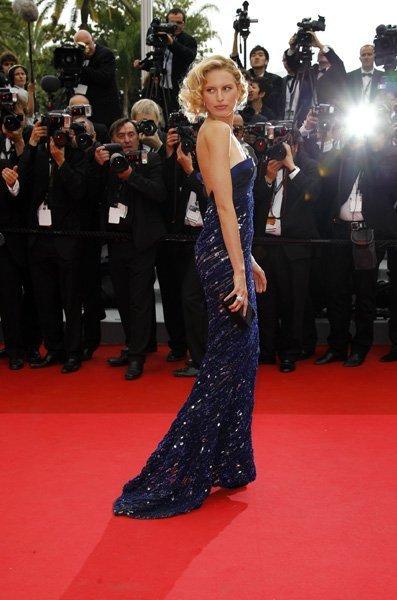 El look de Karolina Kurkova, las modelos también pisan la alfombra roja en Cannes