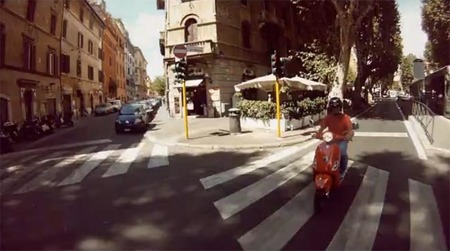Roma desde una Vespa en menos de dos minutos