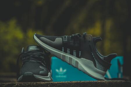 Hasta el 50% de descuento en zapatillas, sudaderas y abrigos en el Black Friday del Outlet de Adidas