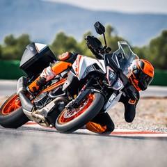 Foto 2 de 32 de la galería ktm-1290-super-duke-gt-2019-1 en Motorpasion Moto