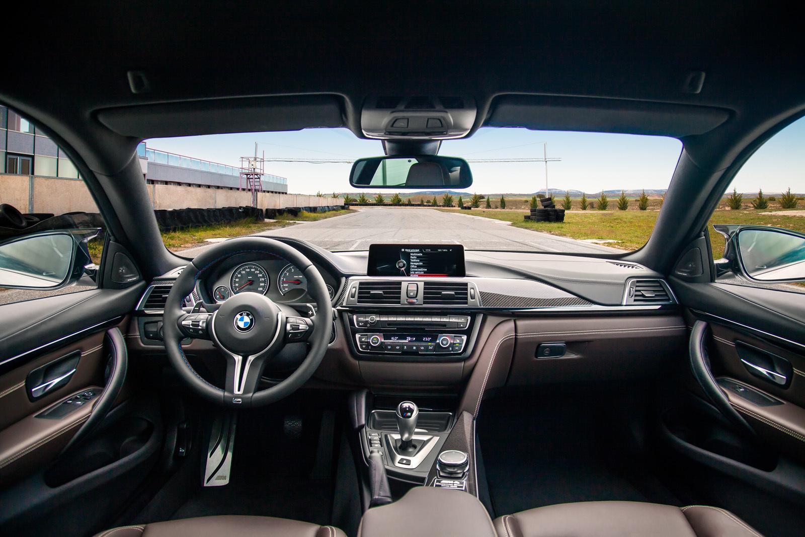 Foto de BMW M4 CS (16/60)