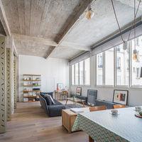Antes y después: un espacio industrial de los años 20 convertido en un moderno apartamento en París