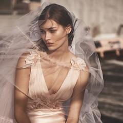 Foto 8 de 59 de la galería topshop-bridal-coleccion-2017-1 en Trendencias