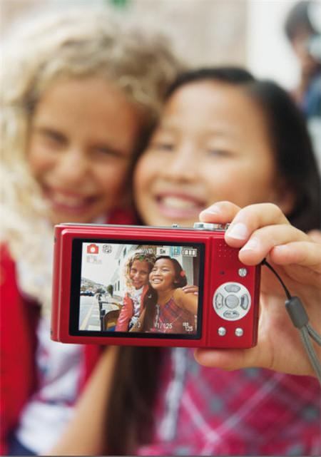 Bóboli anima a los niños a iniciarse en el arte de la fotografía