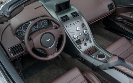AM Vantage GT12 Roadster
