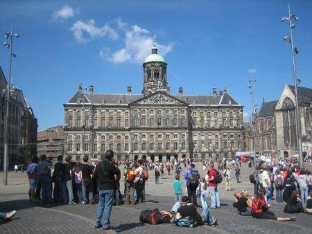 Plaza Damn Palacio Real