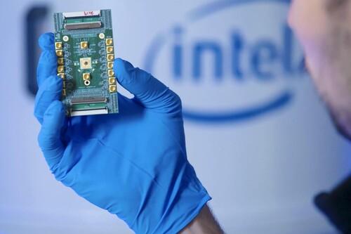 Tener un ordenador cuántico con millones de cúbits es un sueño, y el chip criogénico de control cuántico de Intel nos acerca más a él