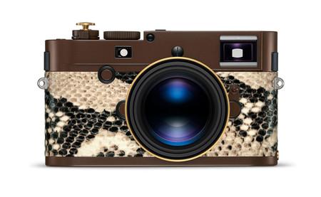 """'Leica M Monochrom """"Drifter""""', una edición limitada forrada con piel de serpiente pitón y diseñada por Lenny Kravitz"""