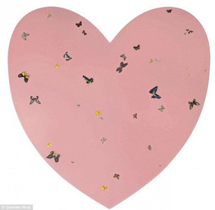 Los Beckham regalan a su hija Harper un corazón de Damien Hirst para decorar su nueva habitación