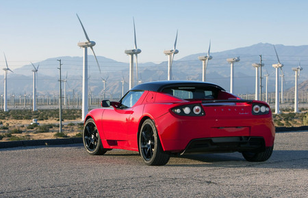 Tesla confirma que habrá segunda generación del Tesla Roadster, aunque no inminente