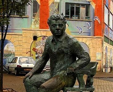 Homenaje a Dylan Thomas en el centenario de su nacimiento