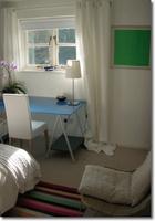 Dormitorios en varias zonas: Un dormitorio con zona de trabajo (III) e Imágenes