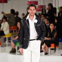 ¿Se lanzará Chanel finalmente a la piscina masculina? Parece que Karl Lagerfeld lo tiene cada vez más claro