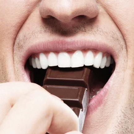 ¿Tienes deseos constantes de comer? Estas pueden ser las causas