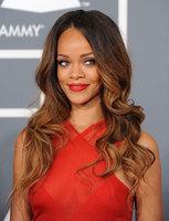 Las melenas sueltas imperan en los Grammys 2013