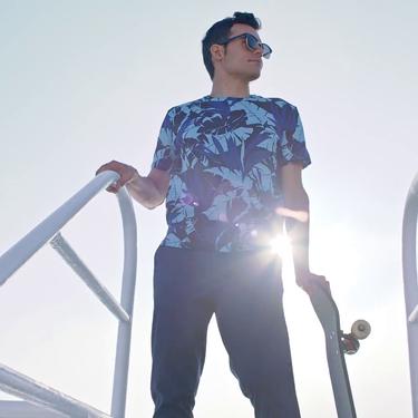 El skater Kilian Martin nos presenta tonos índigo y prints tropicales como lo nuevo de H&M