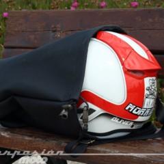 Foto 8 de 26 de la galería funda-para-casco-skaff-prueba en Motorpasion Moto