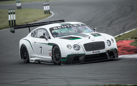 Ya hay fecha para el debut del Bentley Continental GT3