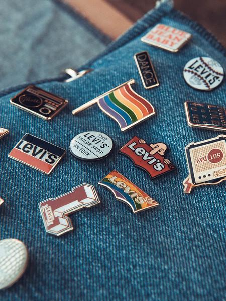 Chollos en tallas sueltas de prendas Levi's que encontramos hoy en Amazon