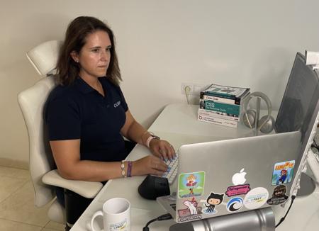 De abogada profesional sénior a desarrolladora junior: por qué me convertí en programadora teniendo la vida laboral asentada