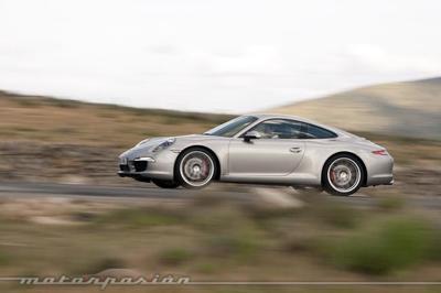 El Porsche 911 Carrera S marca 7:37.9 en el Nordschleife