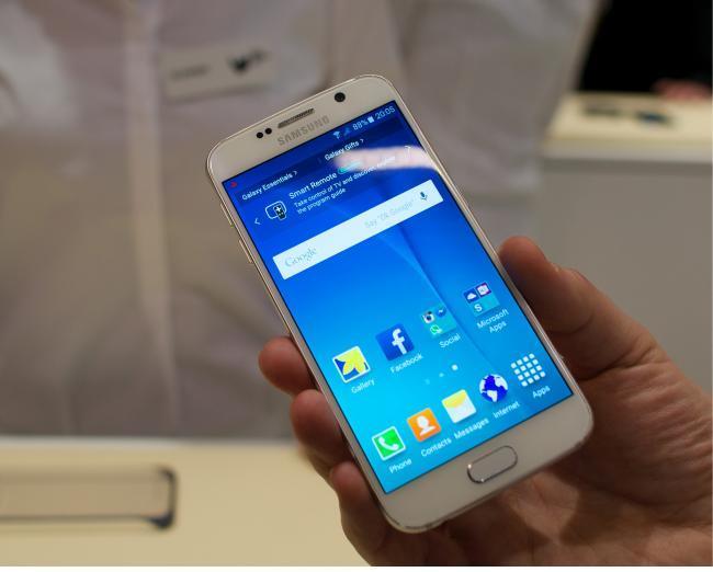 Samsung Galaxy S6: su gran diseño y espectacular pantalla en vídeo