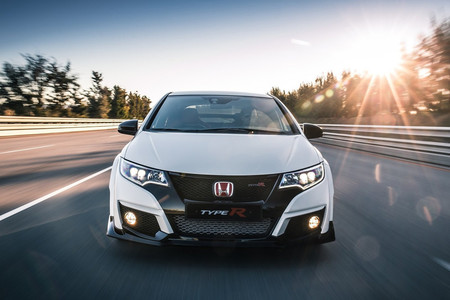 Honda Civic Type R 2015 4