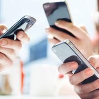 El Gobierno levanta el veto a la portabilidad pero congela el precio de las tarifas de los operadores