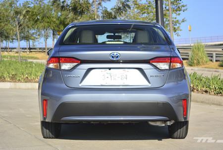 Toyota Corolla Hybrid 2020 4