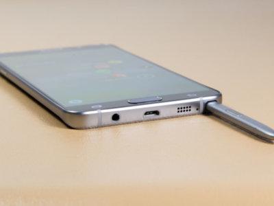 Un vistazo interior al 'Pengate', esto es lo que sucede dentro del Note 5 cuando introducimos el S-Pen al revés