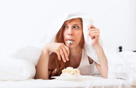 Qué es el síndrome del comedor nocturno (NES) y cómo prevenirlo