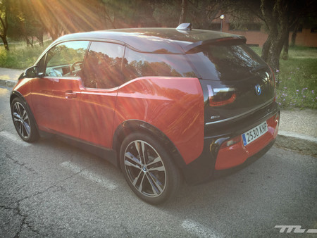 BMW i3s trasera lateral