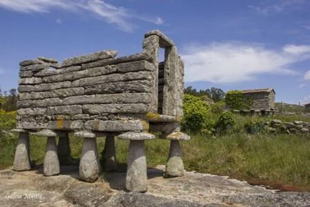 La aldea de Candelago, en la Costa da Morte, busca dueño por 200.000 euros