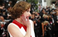 Las modelos acaparan la alfombra roja del Festival de Cannes 2011