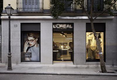 Visitamos el primer flagship de L'Oréal Paris en Madrid, un auténtico laboratorio donde poder interactuar
