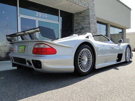 2002 Mercedes-Benz CLK GTR Roadster #3