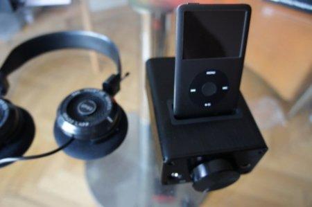 FiiO E9i con mi iPod Classic negro