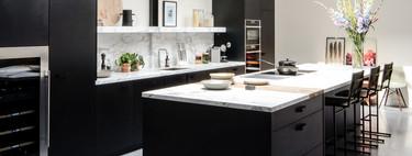 Todo al negro; 21 cocinas negras para inspirarse que demuestran que el negro es una opción a considerar en la cocina