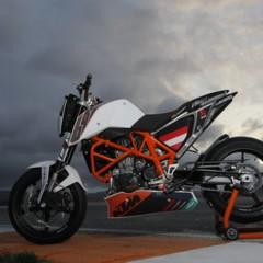 Foto 27 de 31 de la galería ktm-690-duke-track-limitada-a-200-unidades-definitivamente-quiero-una en Motorpasion Moto