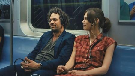 Siete listas de música para escuchar en el metro con el mood de cada día de la semana