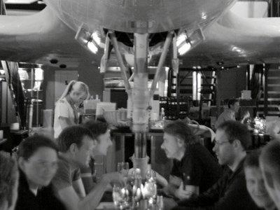 Viejos aviones, nuevos restaurantes