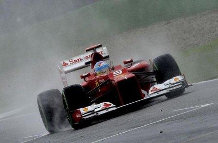Fernando Alonso suma su segunda pole consecutiva bajo la lluvia