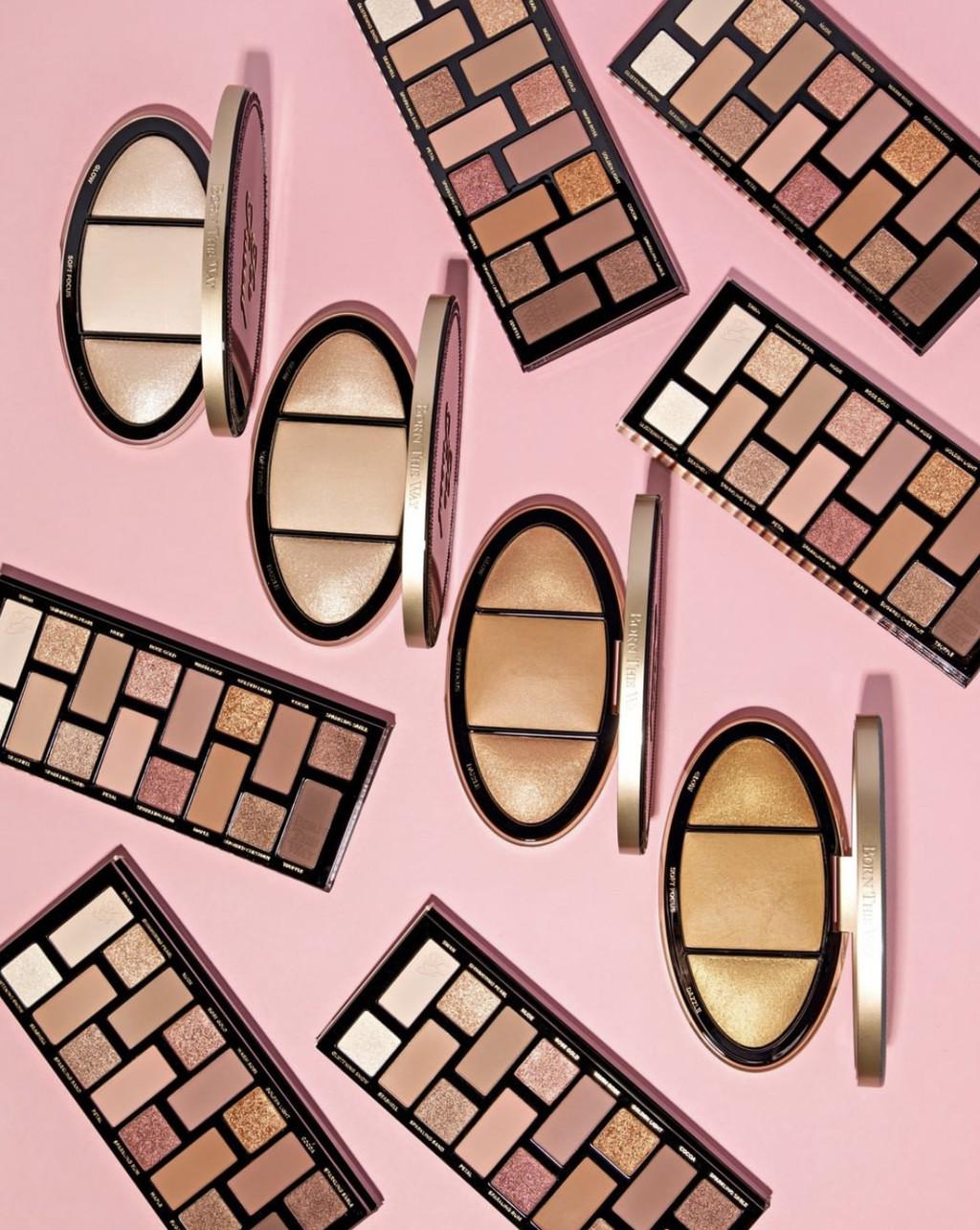 Too Faced amplía su linea Born This Way con dos nuevas paletas en tonos nude para resaltar la belleza natural