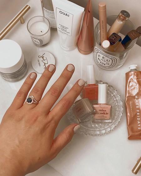 Los colores de esmalte de uñas que van a ser tendencia este verano 2020 según Nilens Jord son preciosos