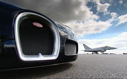 El Bugatti Veyron se atreve con todo... incluso con un Eurofighter