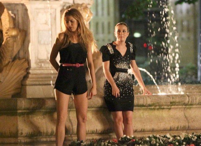 Más looks de Blake Lively y Leighton Meester en el rodaje de Gossip Girl V