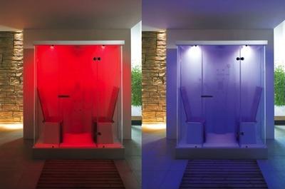Cabinas de ducha de Duravit, que incorporan la cromoterapia como opción